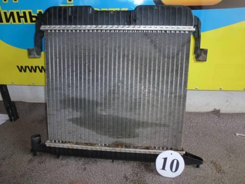 Основной радиатор охлаждения двигателя Opel Omega A, 2.0, 1993.